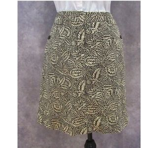 NEW Ann Taylor Black Brown Leaf Print Skirt Size 4